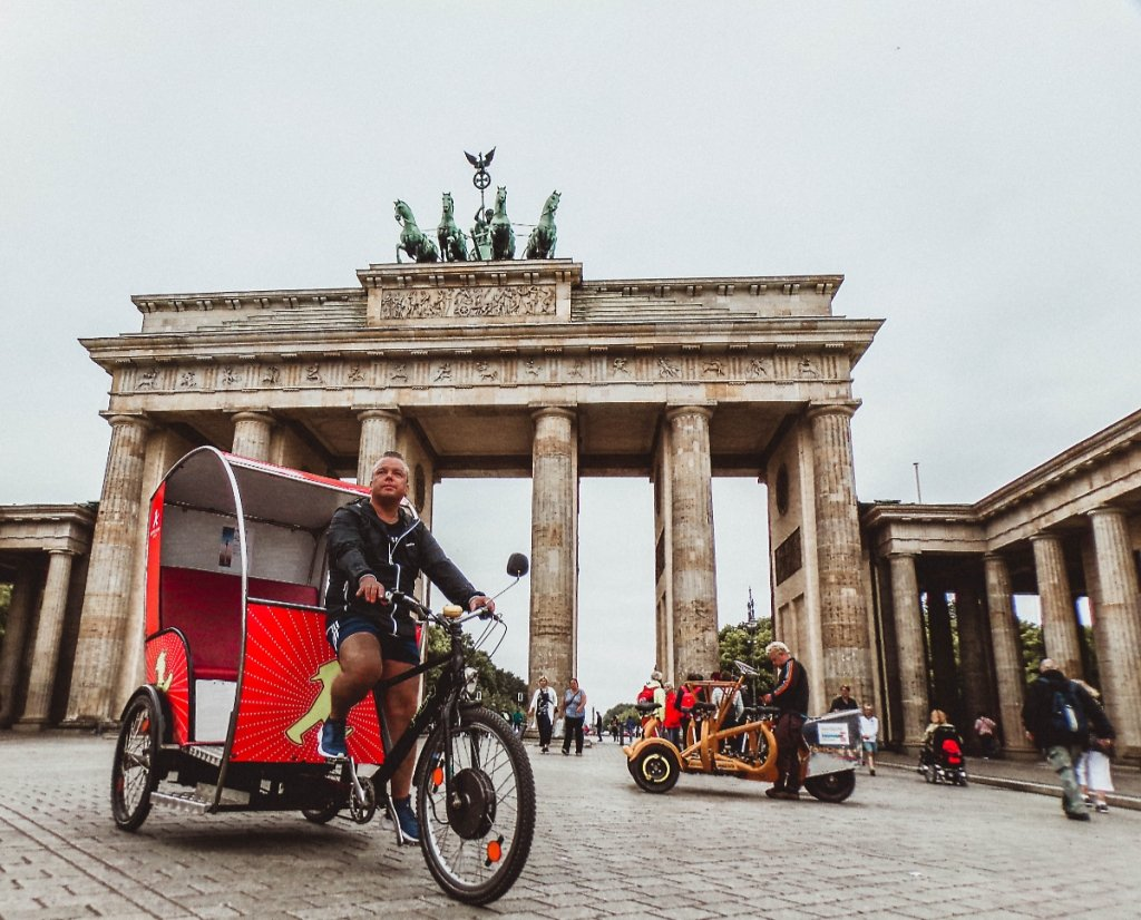Removals to Berlin by SMOOVER